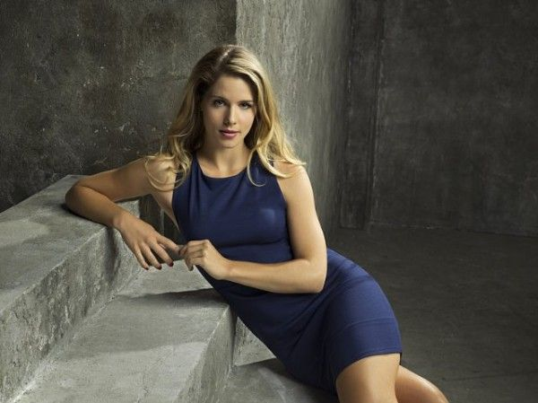 arrow-season-4-image-emily-bett-rickards