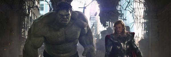 avengers-hulk-thor-chris-hemsworth-slice