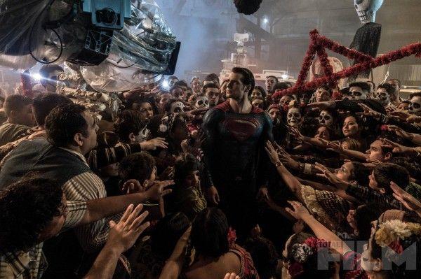 batman-v-superman-henry-cavill-set-photo