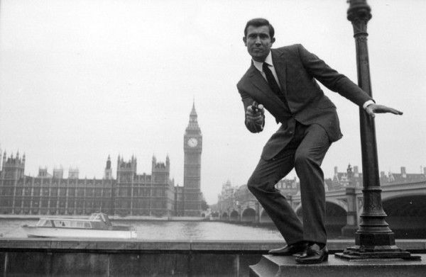 george-lazenby-on-her-majestys-secret-service