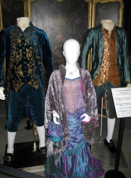 interview-with-the-vampire-costumes-01