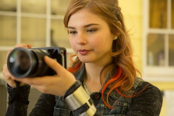 jem-and-the-holograms-image-stefanie-scott