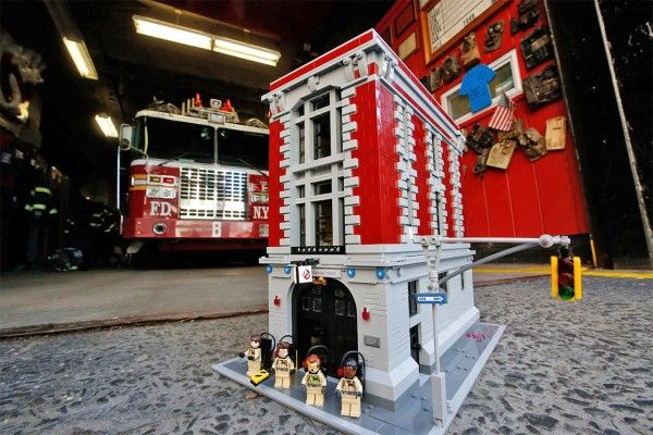 lego-ghostbusters-firehouse-1