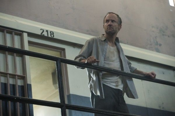 manhattan-season-2-john-benjamin-hickey