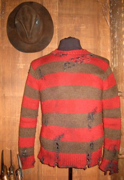 nightmare-on-elm-street-sweater-hat-glove-03