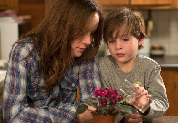room-brie-larson-jacob-tremblay-01