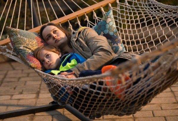 room-brie-larson-jacob-tremblay-02