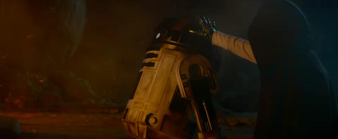 Star Wars Episode VIII Release Date Shifts to December ...