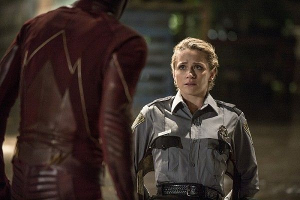 the-flash-recap-flash-of-two-worlds-season-2-episode-2