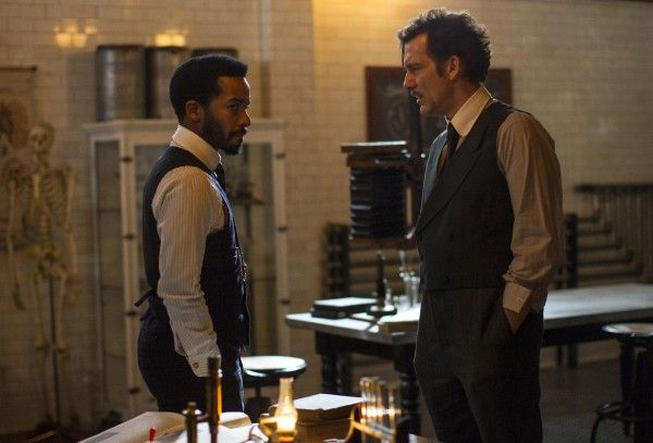 the-knick-clive-owen-andre-holland