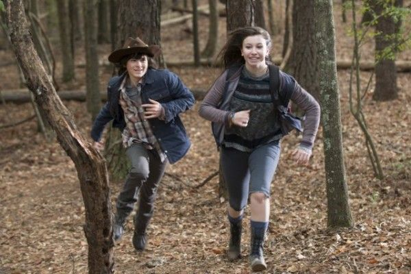 walking-dead-chandler-riggs-katelyn-nacon
