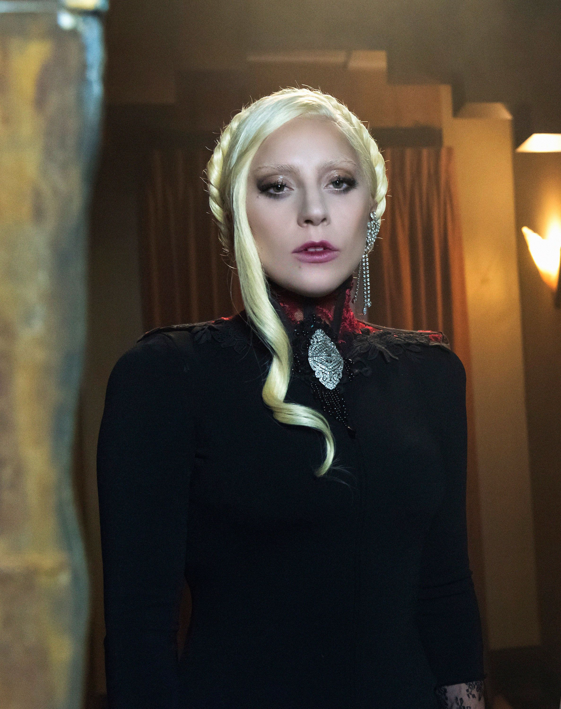 "American Horror Story Cenas Quentes american horror story: hotel ""flicker"""