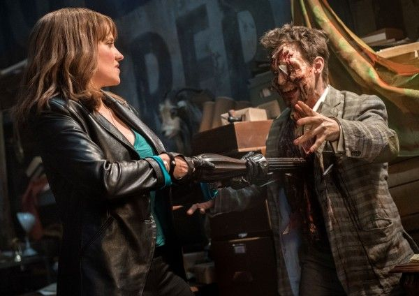 ash-vs-evil-dead-lucy-lawless-03