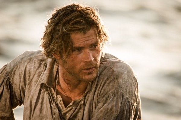 chris-hemsworth-in-the-heart-of-the-sea-image