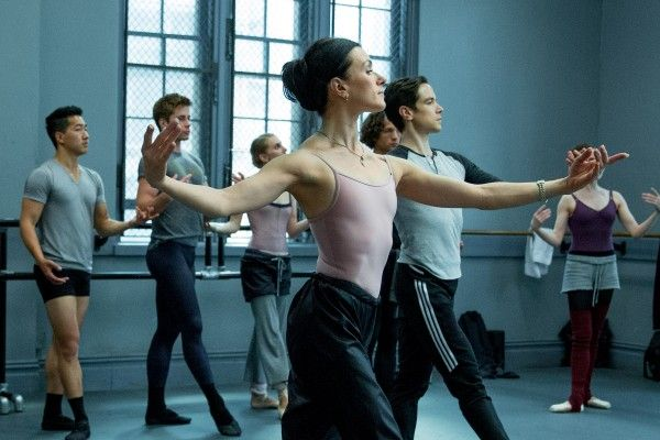 flesh-and-bone-dancers-image