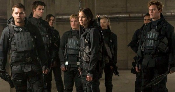 hunger-games-mockingjay-part-2-star-squad