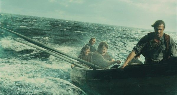 in-the-heart-of-the-sea-movie-image-3