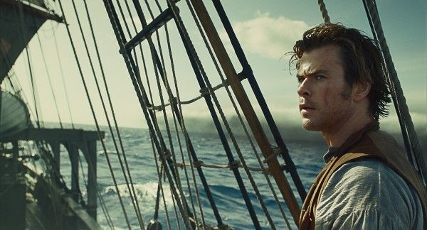 in-the-heart-of-the-sea-movie-image-chris-hemsworth