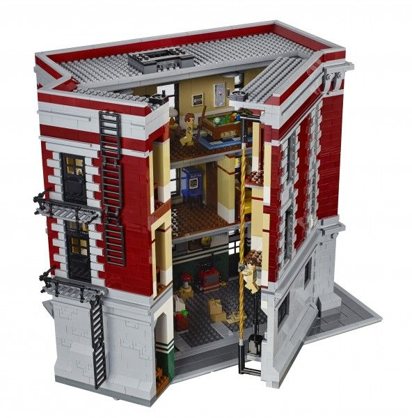 lego-ghostbusters-firehouse-10