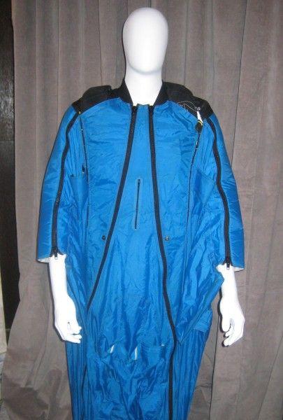 point-break-preview-blue-wingsuit