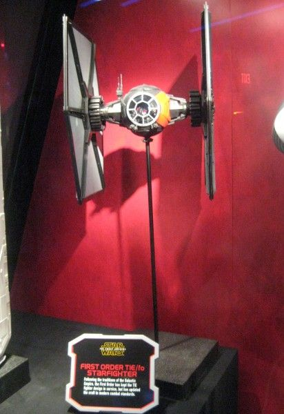 star-wars-launch-bay-28