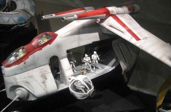 star-wars-launch-bay-38
