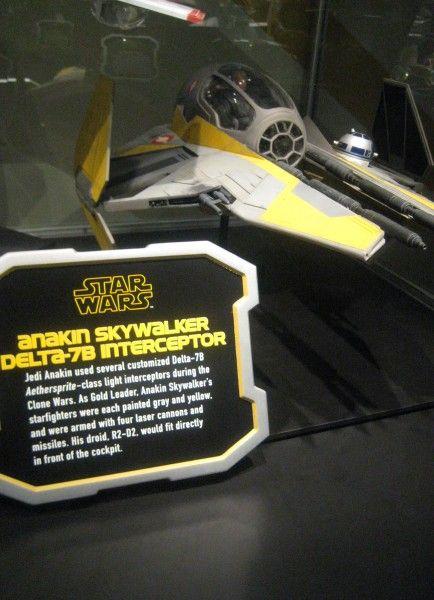 star-wars-launch-bay-39