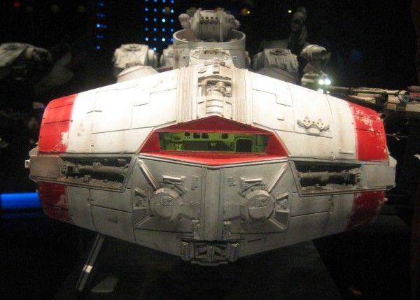 star-wars-launch-bay-42