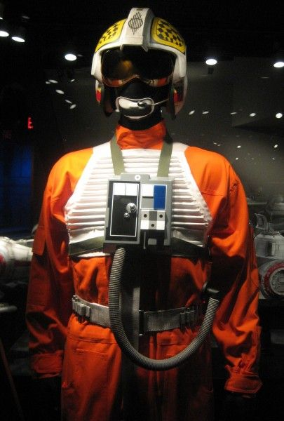 star-wars-launch-bay-46