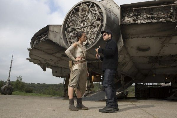 star-wars-the-force-awakens-j-j-abrams-daisy-ridley
