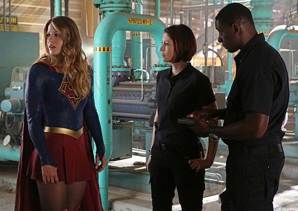 supergirl-david-harewood-melissa-benoist-chyler-leigh-image