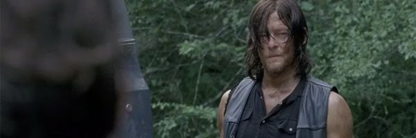 the-walking-dead-daryl-slice