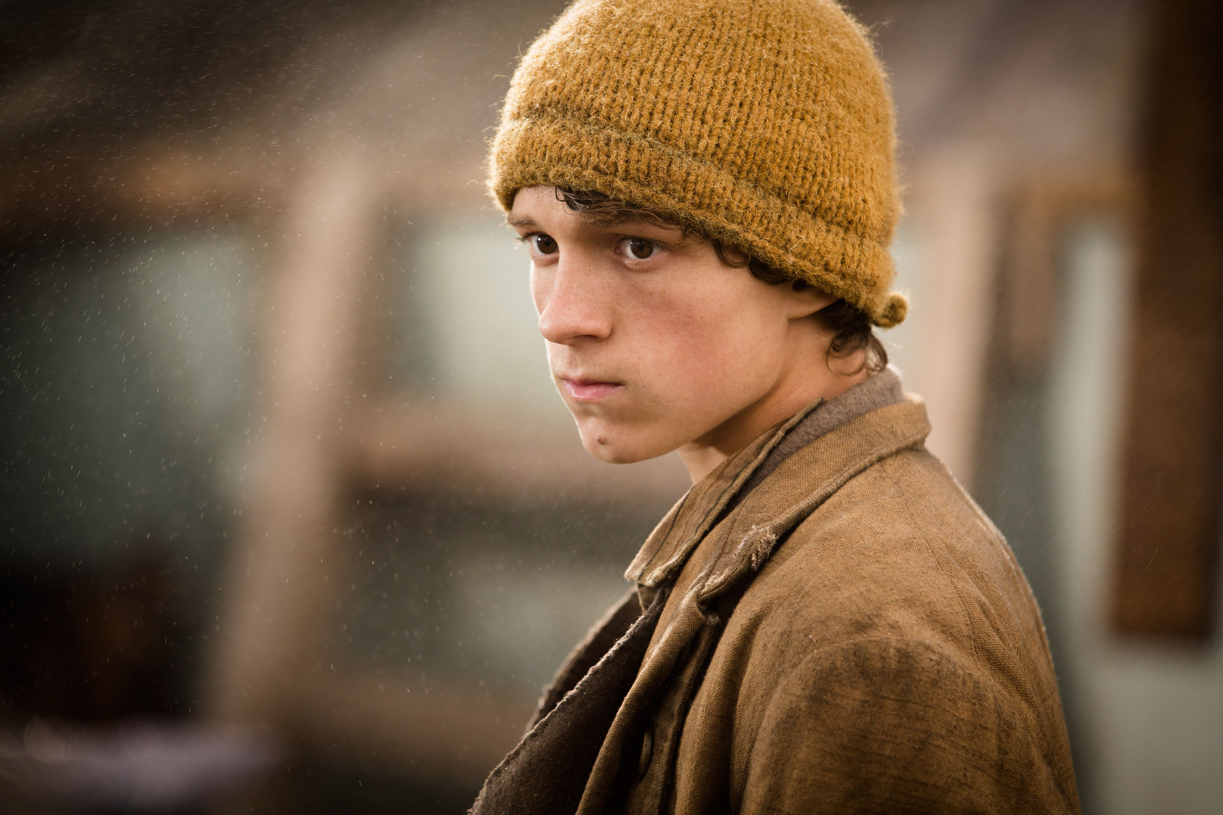 Tom Holland On In The Heart Of The Sea And Chris Hemsworth -4195