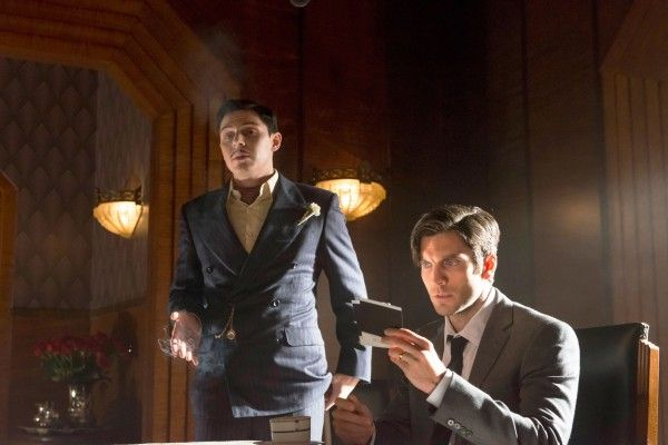 american-horror-story-hotel-508-evan-peters-wes-bentley