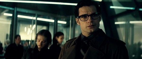 batman-v-superman-image-henry-cavill