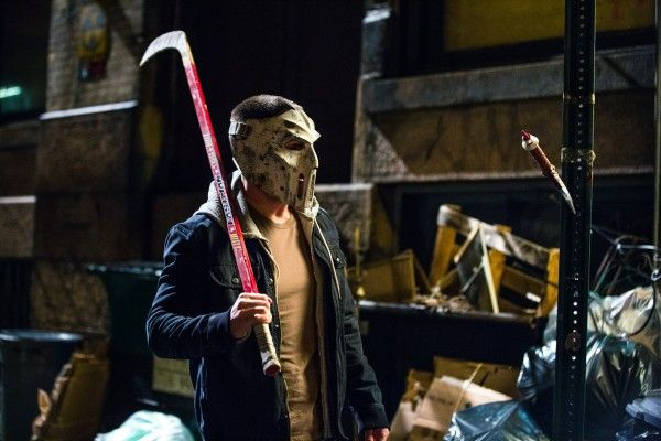 casey-jones-stephen-amell-teenage-mutant-ninja-turtles
