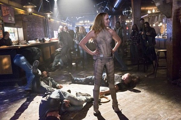 legends-of-tomorrow-image-caity-lotz-white-canary