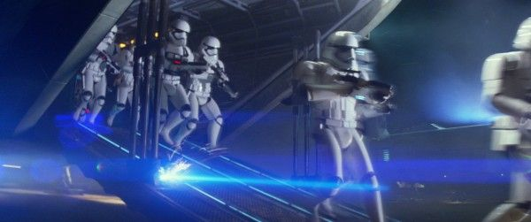 star-wars-the-force-awakens-first-order-stormtroopers-1