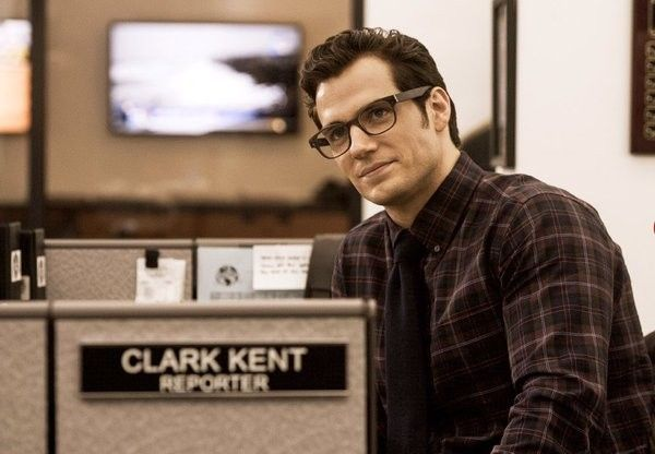 batman-v-superman-dawn-of-justice-clark-kent-henry-cavill