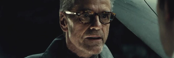 batman-v-superman-jeremy-irons-slice