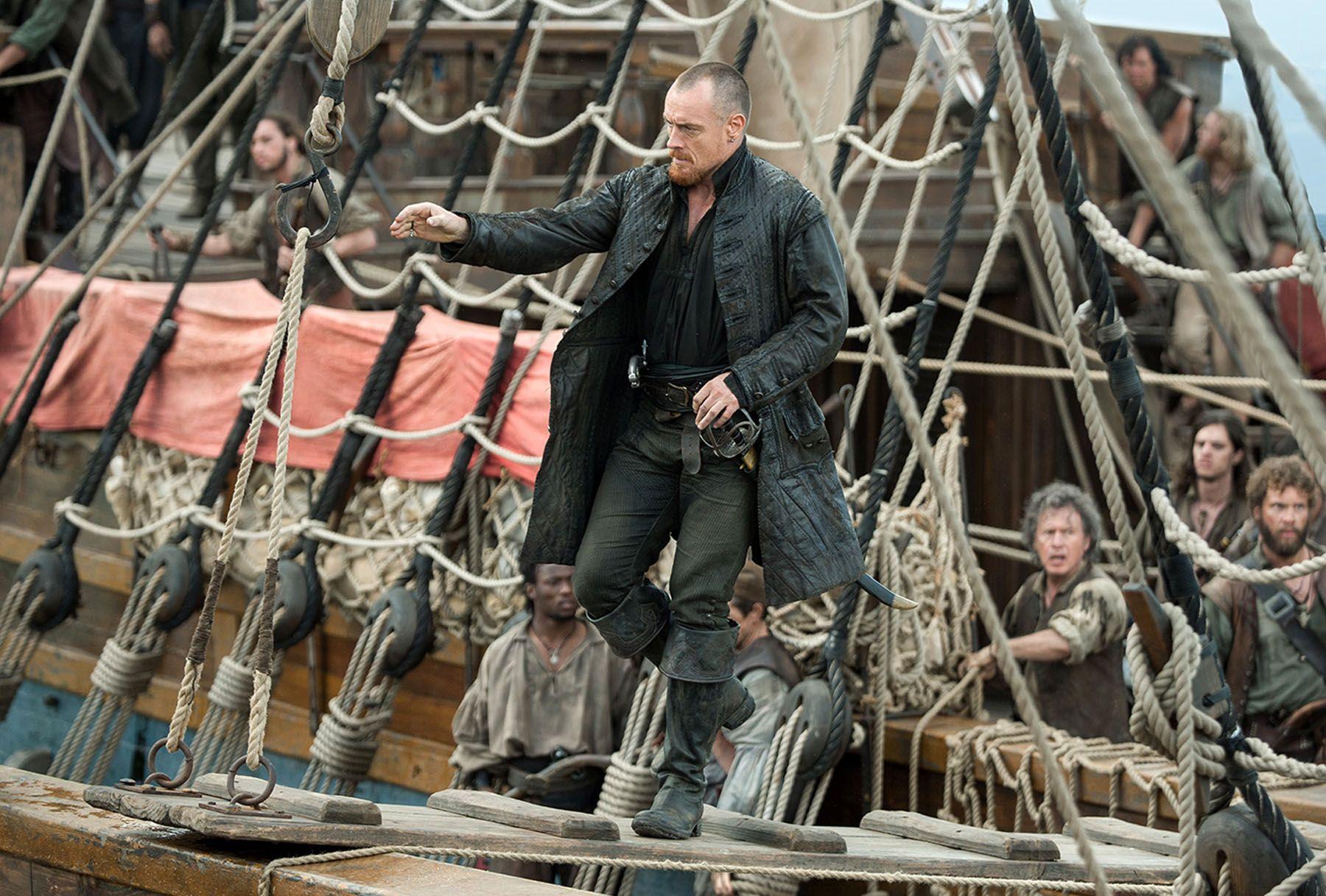 Black sails s3 pirate captain flint leather coat - Black Sails Season 3 Toby Stephens 04