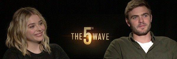 chloe-grace-moretz-alex-roe-the-fifth-wave-interview-slice