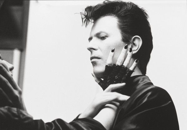 david-bowie-the-hunger