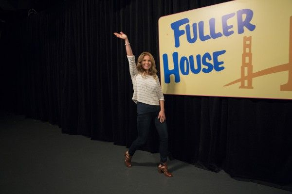 fuller-house-image-behind-the-scenes-candace-cameron