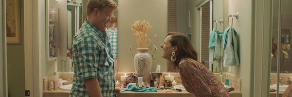 other-people-jesse-plemons-molly-shannon-slice
