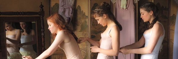 suki-waterhouse-ellie-bamber-pride-and-prejudice-and-zombies-slice