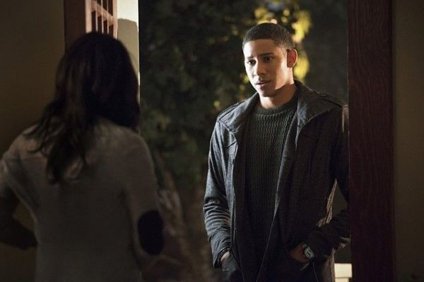 the-flash-season-2-episode-11-keiynan-lonsdale