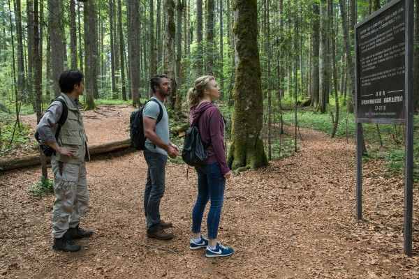 the-forest-natalie-dormer-taylor-kinney