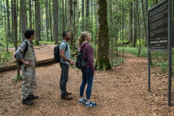 the-forest-natalie-dormer-taylor-kinney