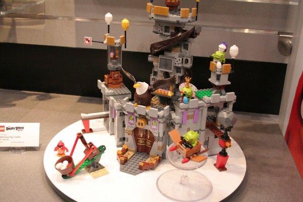 angry-birds-lego-toy-fair-1